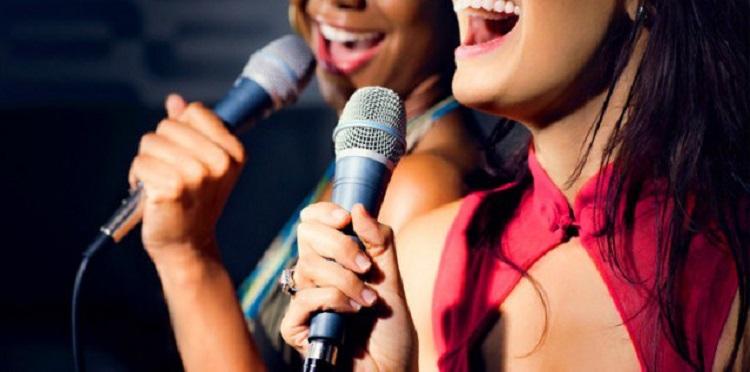 Bật-mí-bí-quyết-hát-karaoke-thật-hay