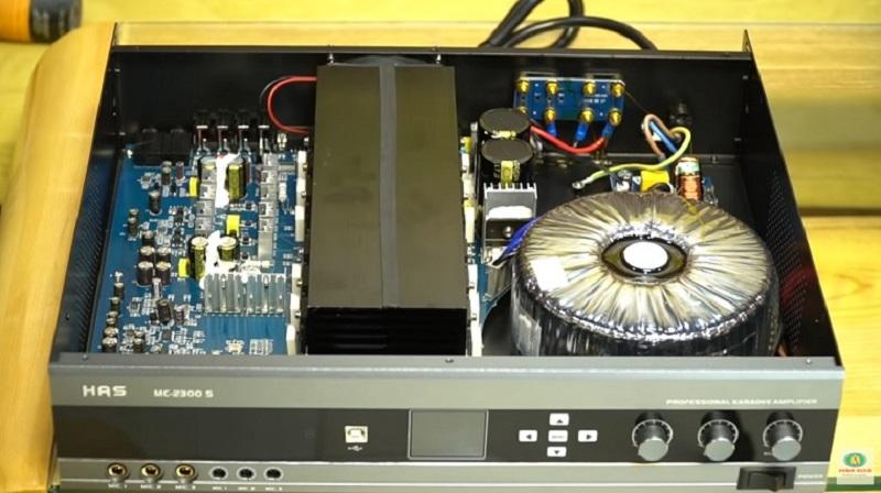 linh kiện bên trong amply HAS mc-2300s